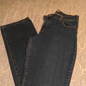 Ladies Levi's Jeans